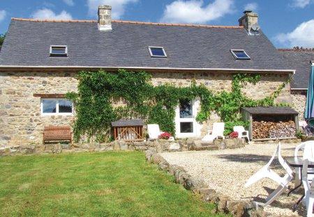 Villa in Plusquellec, France