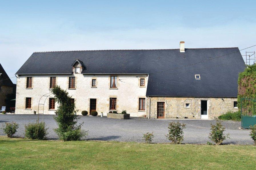 Villa in France, Canchy