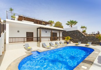 5 bedroom Villa for rent in Puerto del Carmen