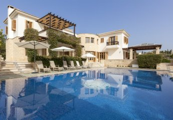 5 bedroom Villa for rent in Aphrodite Hills