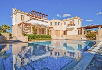 5 bedroom Villa for rent in Aphrodite Hills