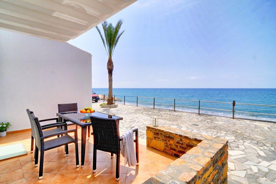 Studio apartment in Greece, Greek Islands
