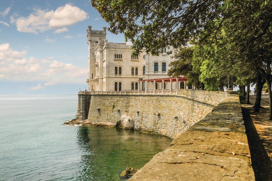 Apartment in Italy, Trieste
