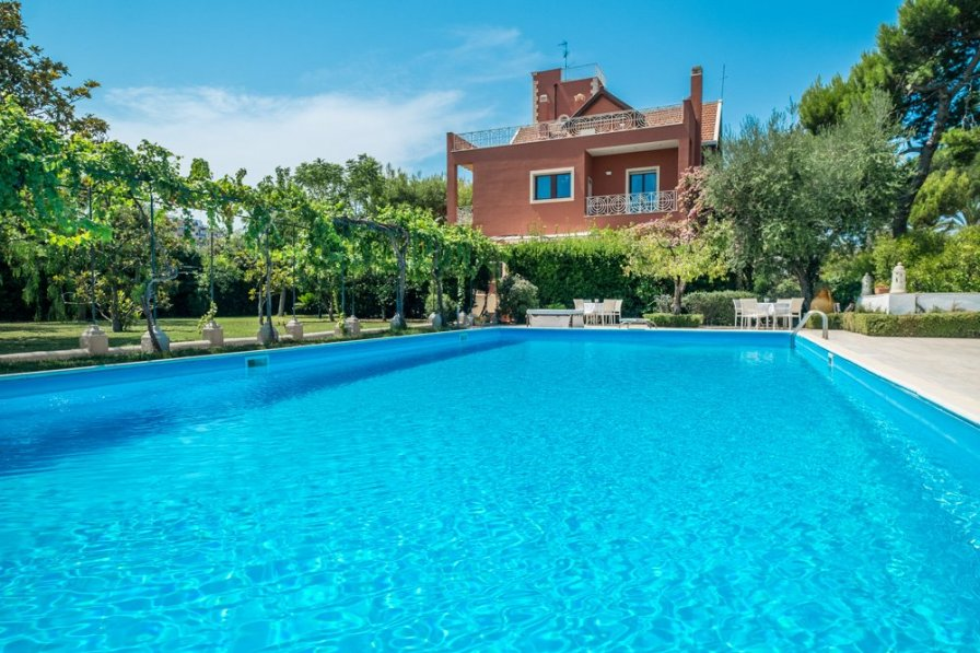 Villa in Italy, Bari