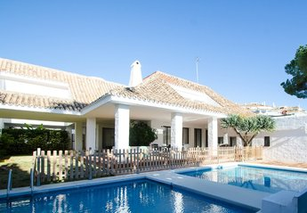 0 bedroom Villa for rent in Nueva Andalucia