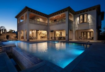 8 bedroom Villa for rent in Four Corners