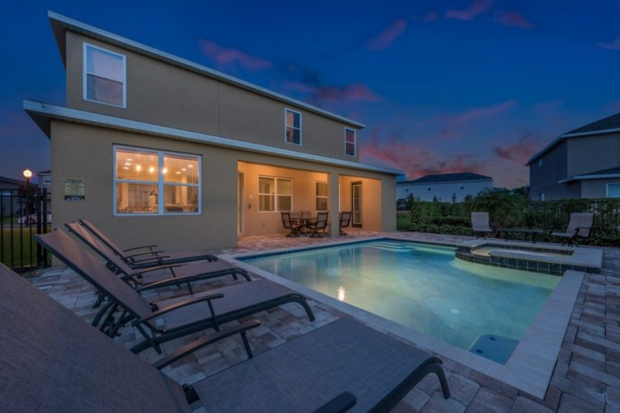 Villa To Rent In Kissimmee Florida With Shared Pool 224943