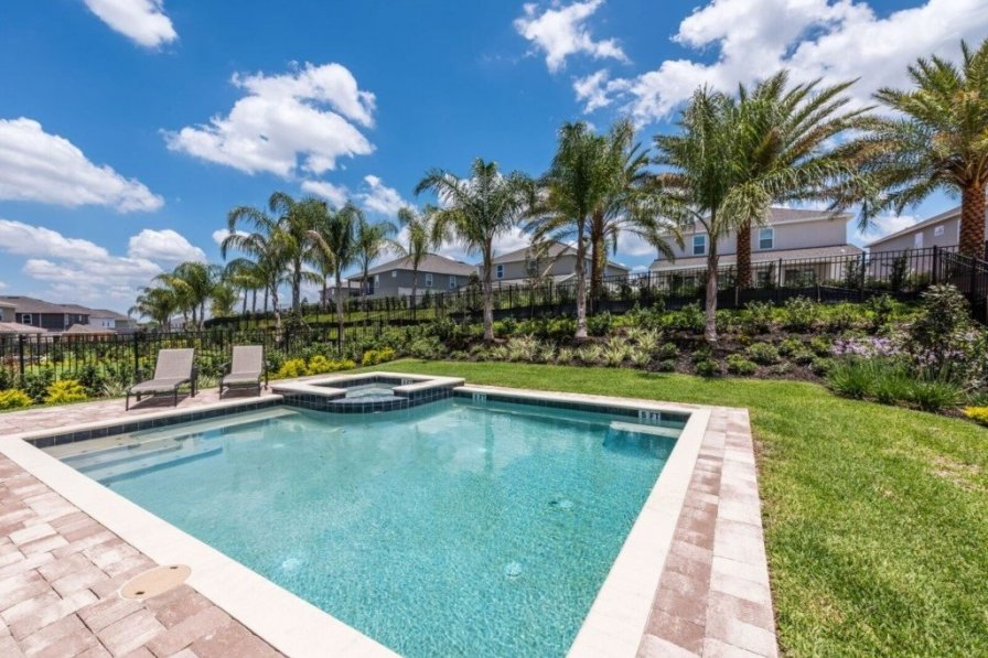 villa to rent in kissimmee florida with private pool 224952. Black Bedroom Furniture Sets. Home Design Ideas