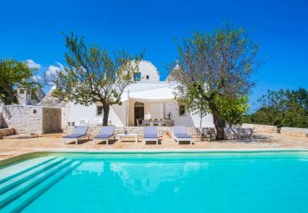 5 bedroom Villa for rent in Martina Franca