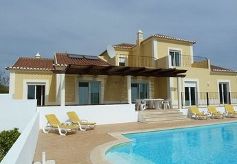 Villa in Portugal, Eastern Algarve: superb family villa with heated pool aircon fast wifi + games ..