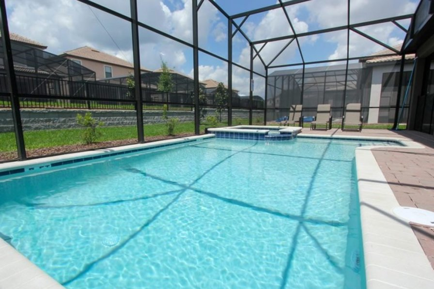 Holiday villa in Davenport with shared pool
