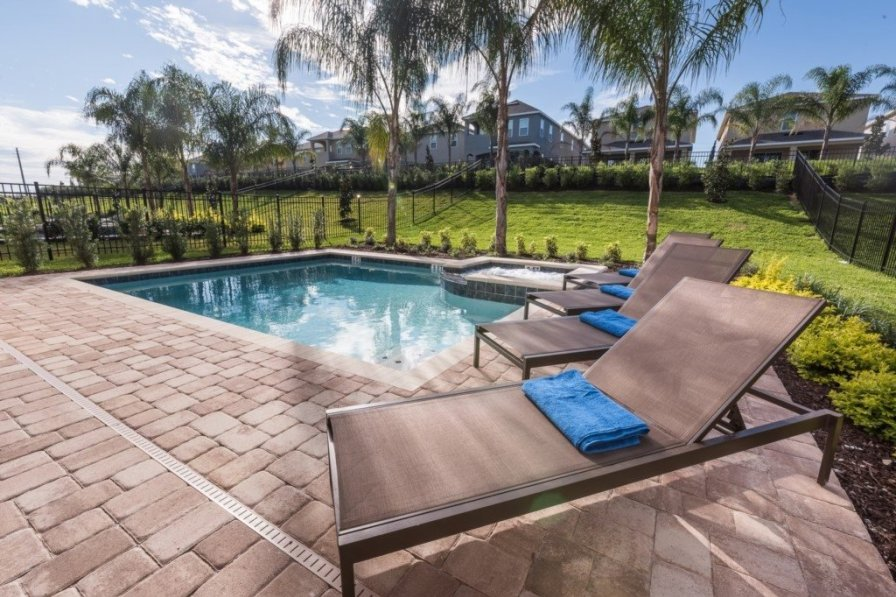 Holiday villa in Kissimmee with shared pool
