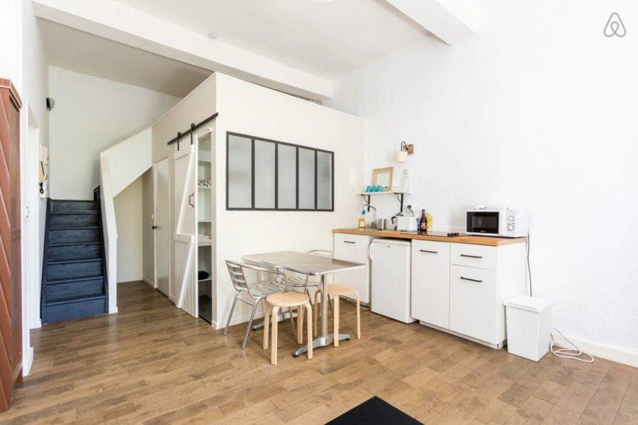 Apartment in France, Archives Départemental
