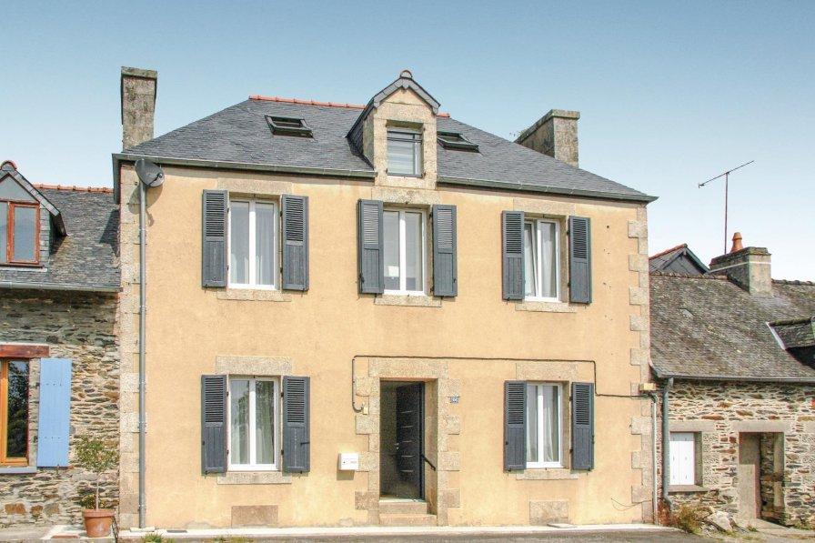 Villa in France, Caurel