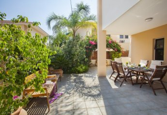 2 bedroom Villa for rent in Oroklini