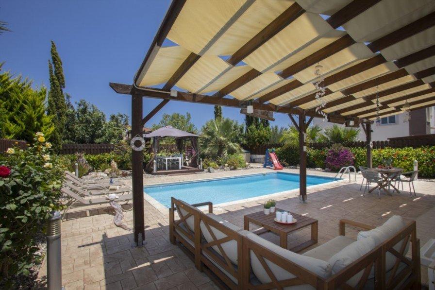 Villa in Cyprus, Famagusta South