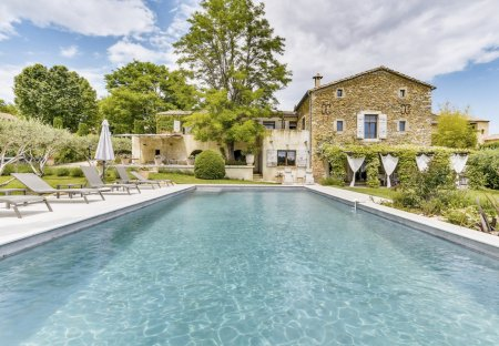 Villa in Sabran, the South of France