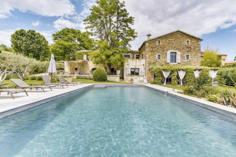 Villa in France, Sabran