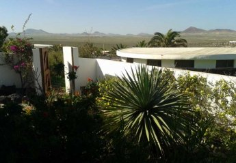 2 bedroom Cottage for rent in Teguise