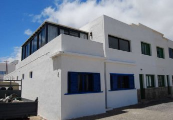 3 bedroom Apartment for rent in Caleta de Famara