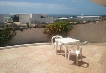 2 bedroom Cottage for rent in Famara