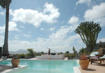 2 bedroom Villa for rent in Teguise