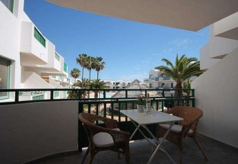 2 bedroom Apartment for rent in Costa Teguise