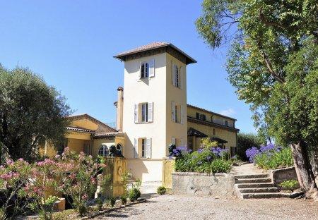 Villa in Saint-Veran, the South of France