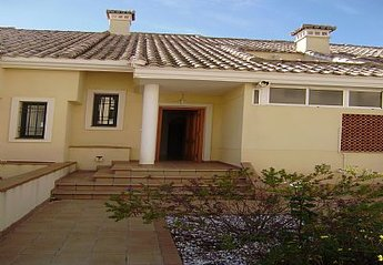 Villa in Spain, Campoamor Golf: Front View