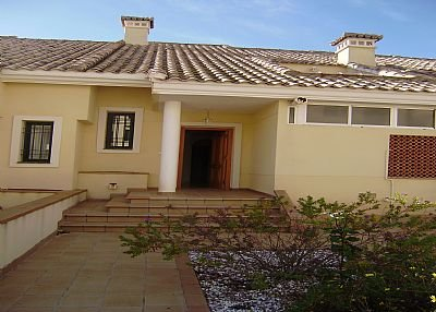 Villa in Spain, Urbanización Villacosta II-Las Filipinas: Front View