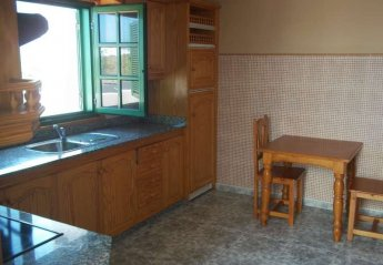 5 bedroom Villa for rent in Caleta de Famara