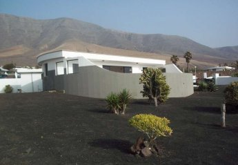 3 bedroom Cottage for rent in Famara