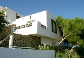 1 bedroom Villa for rent in Yaiza