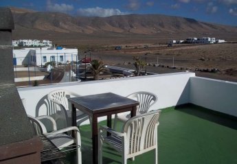2 bedroom Apartment for rent in Caleta de Famara