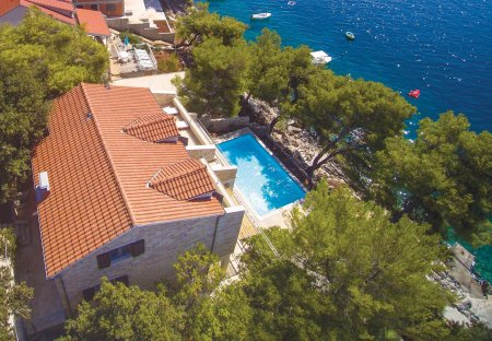 Villa in Prižba, Croatia