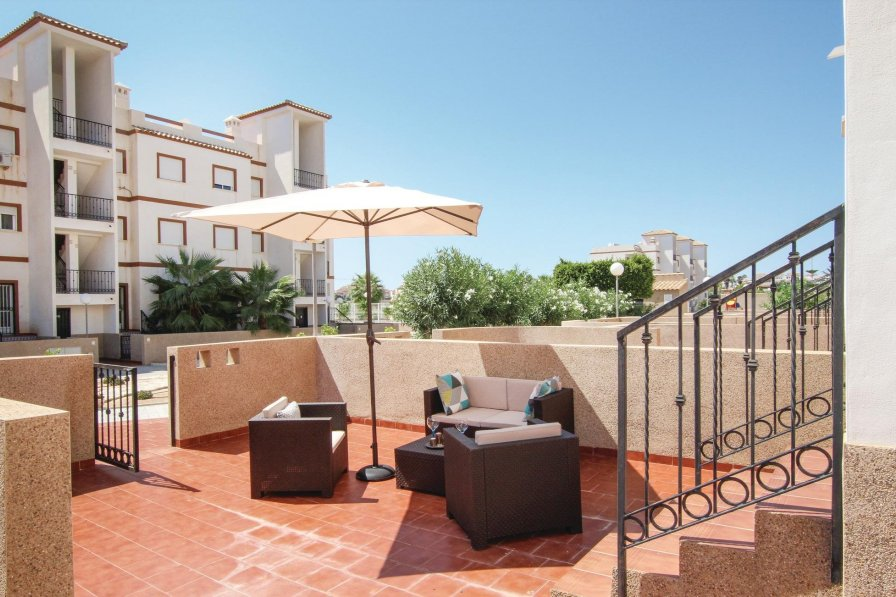 Holiday apartment in La Cinuelica with shared pool