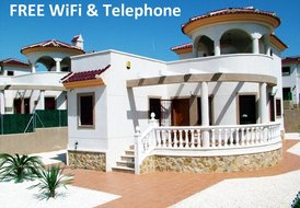 3 Bed 2 Bath Det Villa A/C Heating, Pool, FREE WiFi, Phone & UKTV
