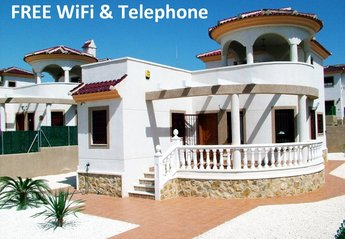 Villa in Spain, Urbanisation La Marina: Welcome to Your Holiday Home in the Sun