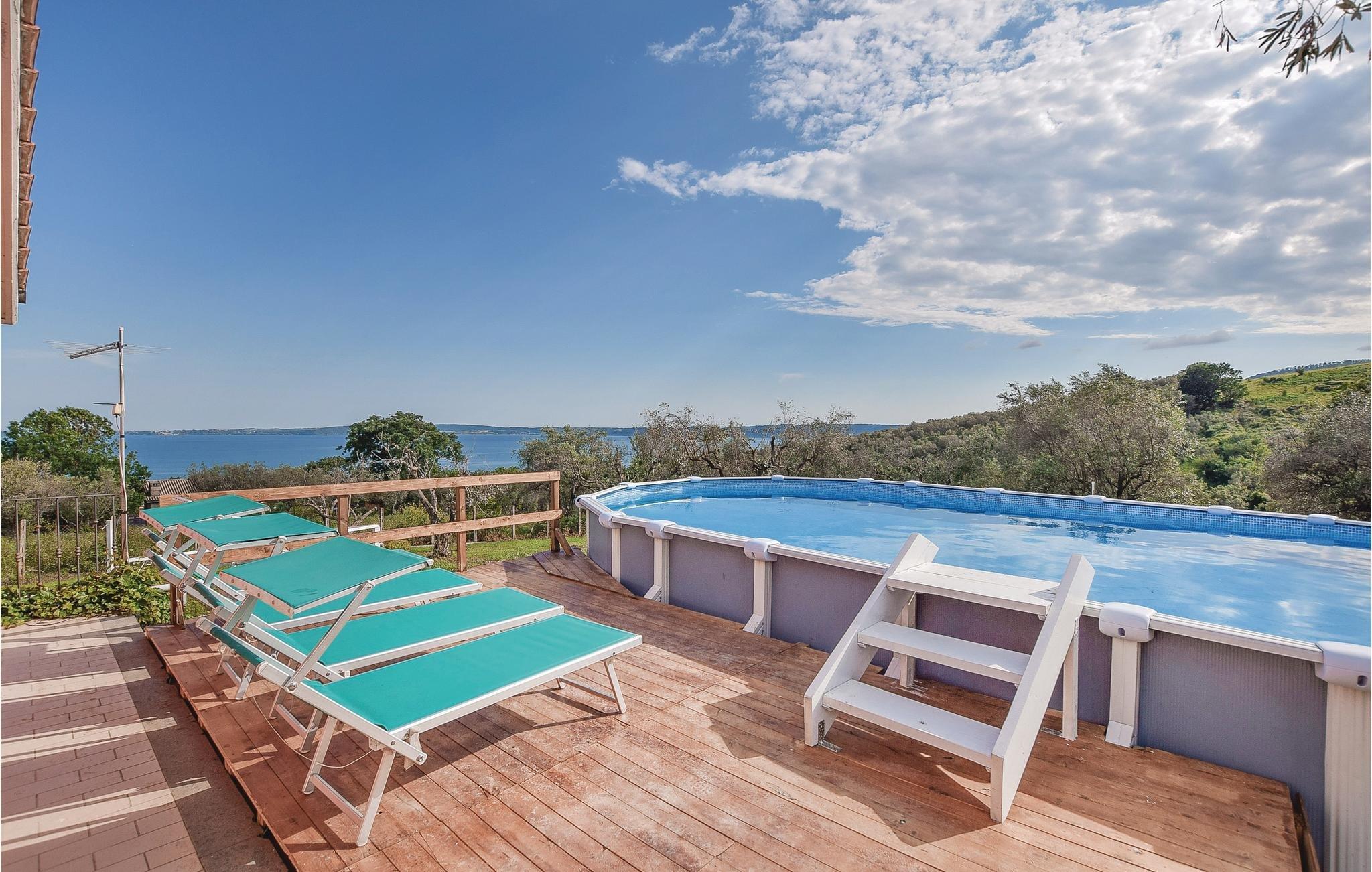 2 Bedroom Villa In Bracciano | Alpha Holiday Lettings