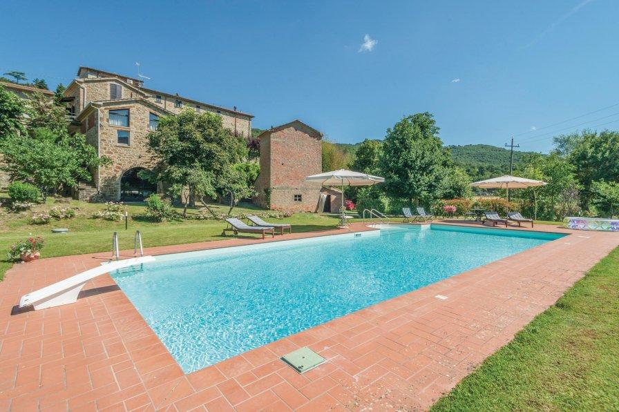 Villa in Italy, Morra