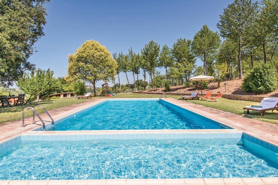 Villa in Italy, Tarano