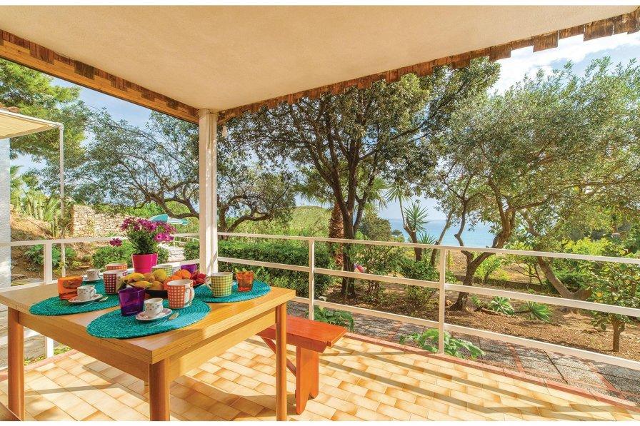 Villa in Italy, Località Timpi Russi
