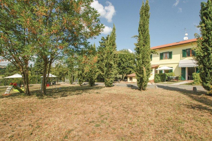 Studio apartment in Italy, Gambassi Terme