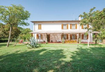 5 bedroom Villa for rent in Fucecchio