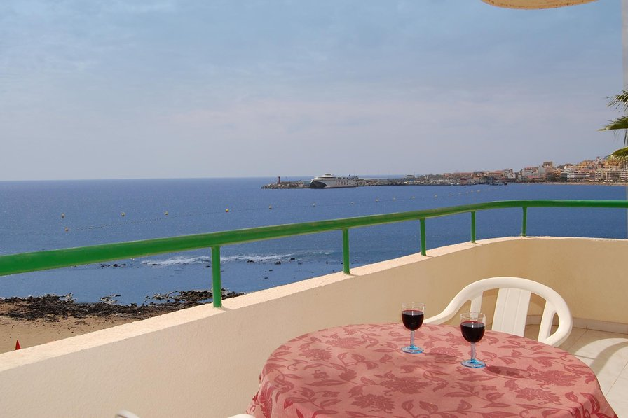 Owners abroad Costamar, Los Cristianos - Sea front apartment with sunny balcony