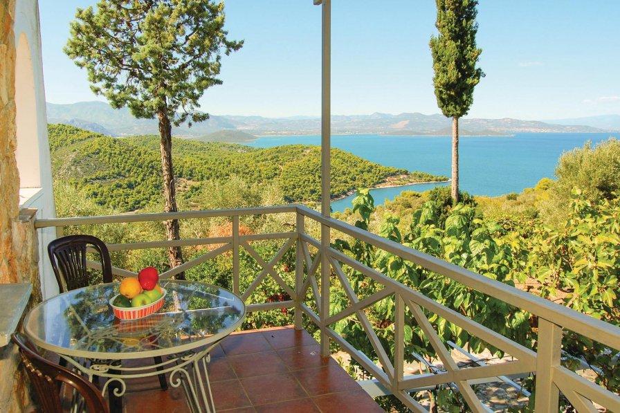 Holiday villa in Greece