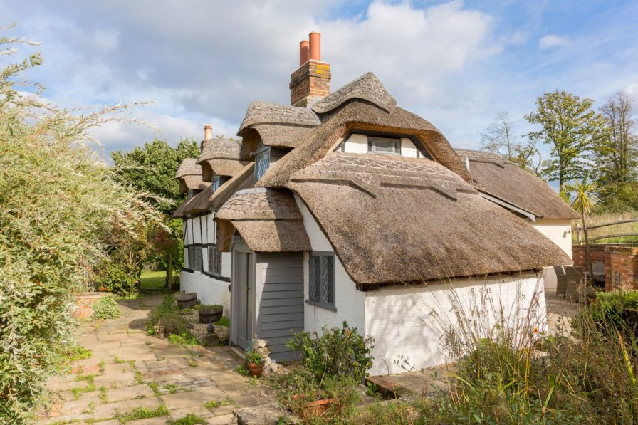 Beaulieu Cottage