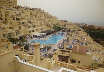 2 bedroom Apartment for rent in Adeje, Tenerife