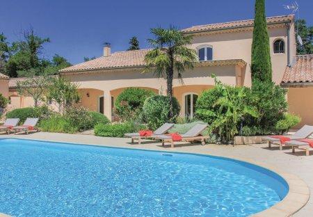 Villa in Montélimar, France