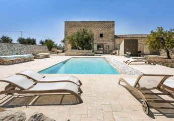 5 bedroom Villa for rent in Ragusa